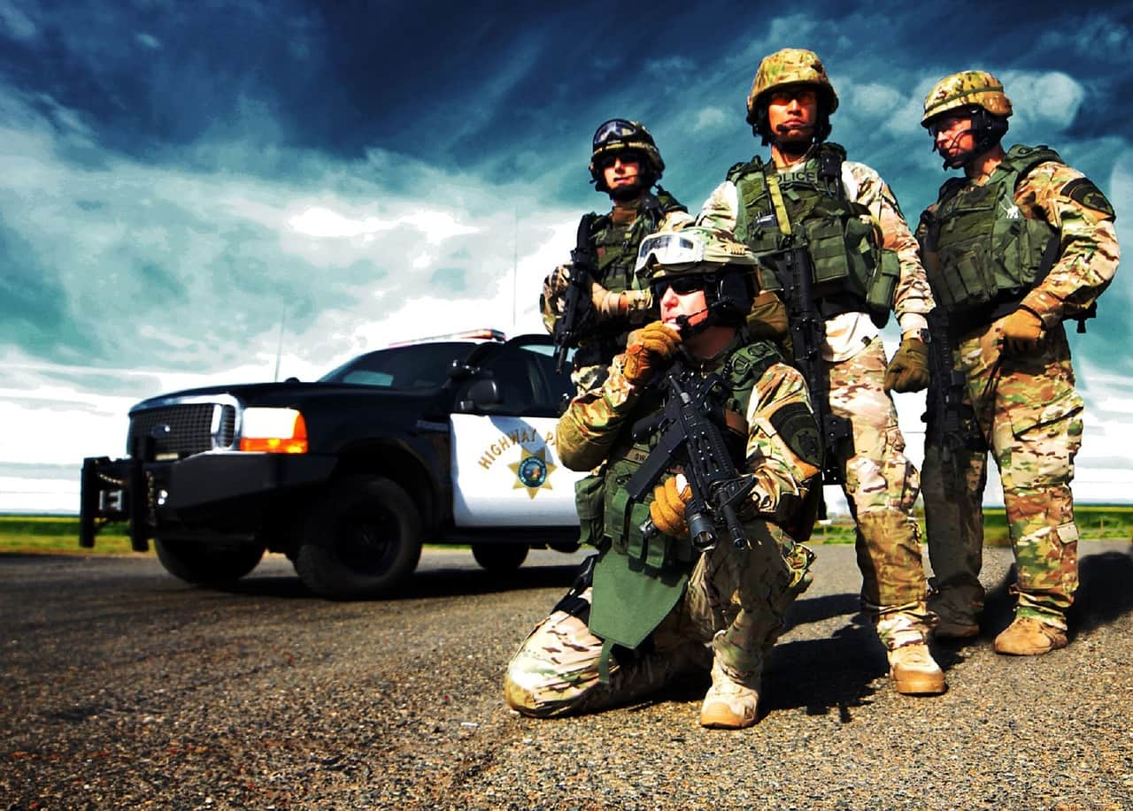law-enforcement police highway patrol swat team