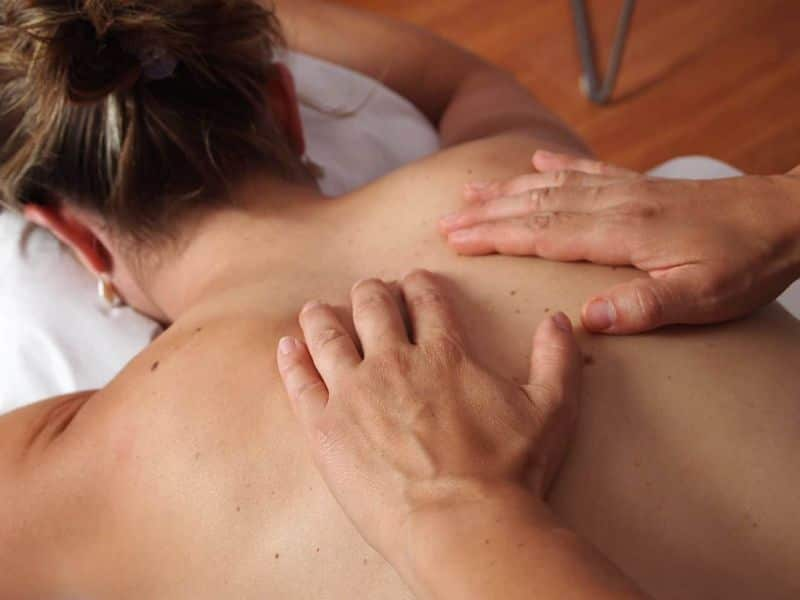 massage physiotherapy massage back
